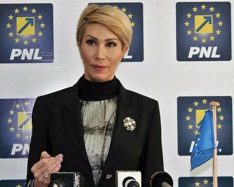Turcan, apel către PSD: Ascundeți-o pe doamna Dăncilă. Opriți dezastrul!