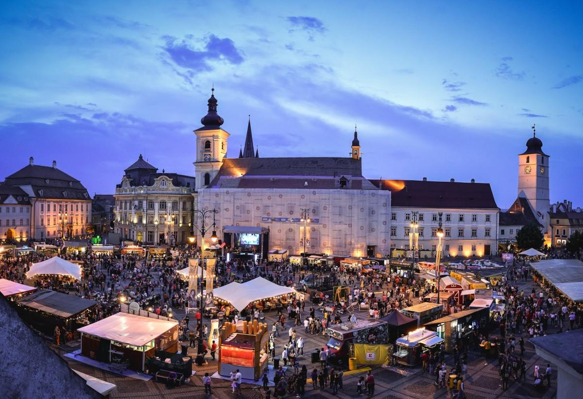 Street FOOD Festival te invită să iei parte la o călătorie culinară senzațională în perioada 6-9 iunie în Piața Mare din Sibiu