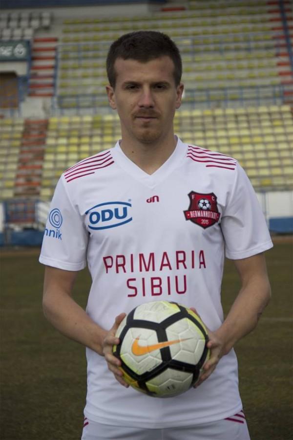 Încă un jucător pleacă de la FC Hermannstadt. Surpriză la Petrolul
