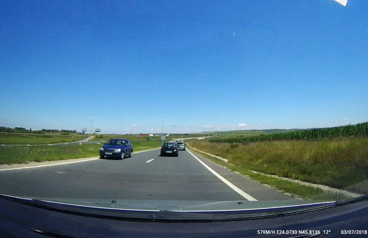 FOTO - Șofer pe contrasens, la intrarea pe autostradă. Poliția Sibiu îl caută