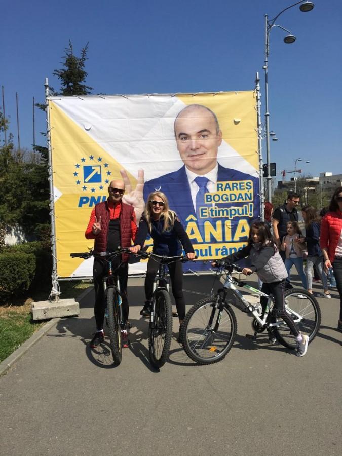 PNL Sibiu, Klaus Iohannis, Rareș Bogdan, spun răspicat NU corupților!Raluca Turcan: Un referendum împotriva corupților e o șansă pentru fiecare român cinstit!