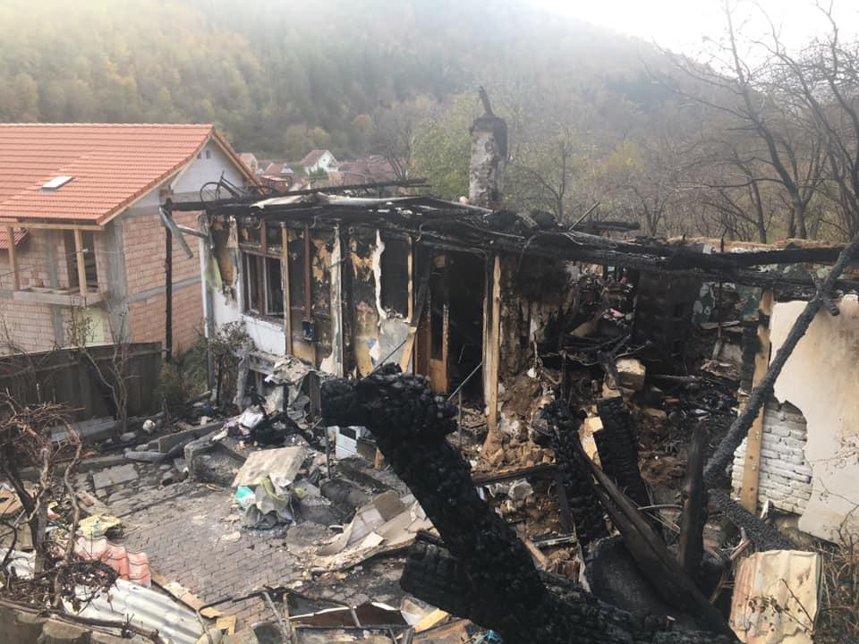 Ajutor pentru unul din juniorii clubului defotbaldin Săliște. I-a ars casa în totalitate