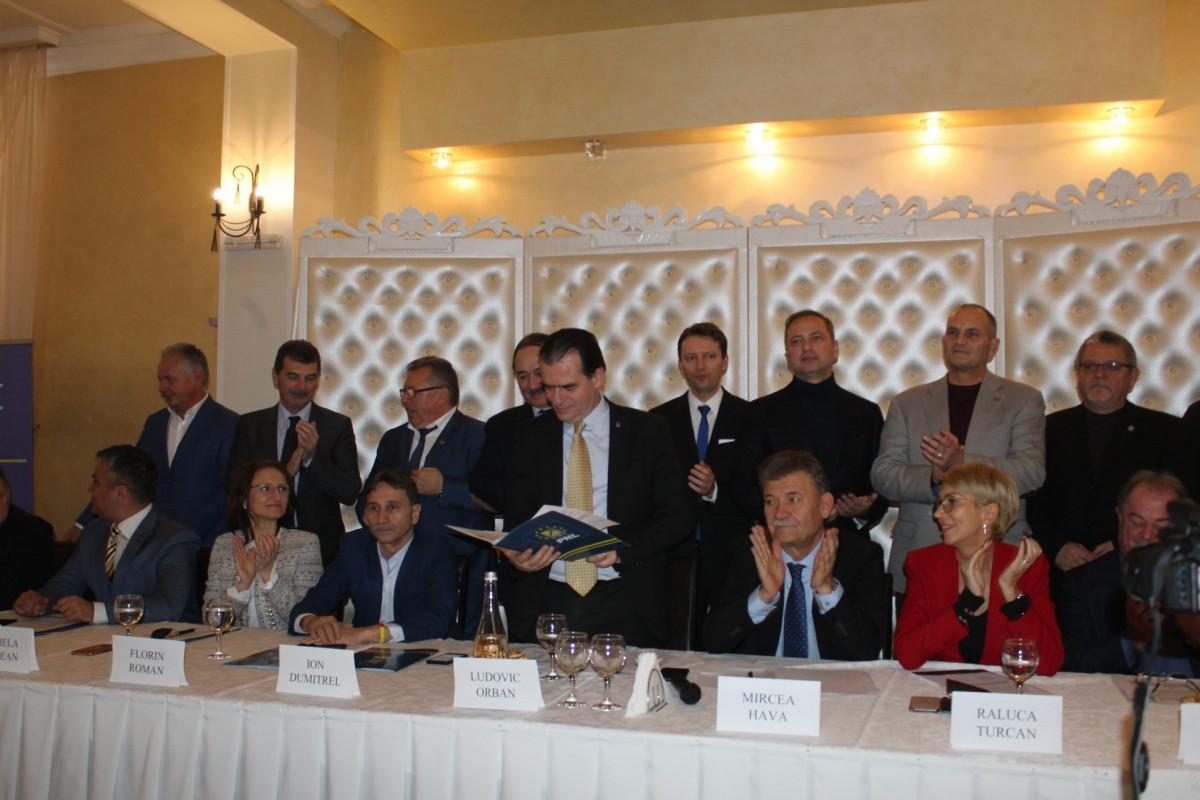 Liberalii fac Alianţa Centrului. Investițiile pentru Sibiu depășesc 2,5 miliarde de euro