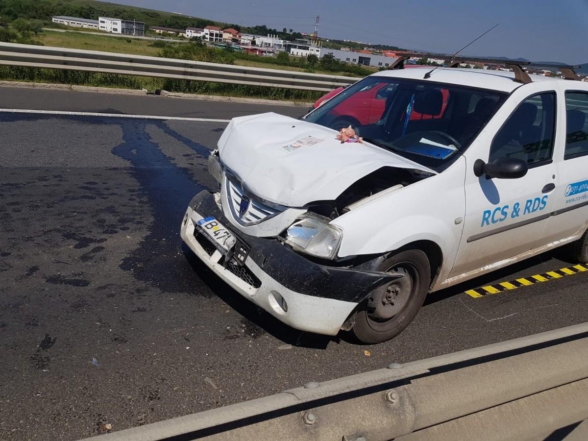 Accident pe autostradă.A intrat direct în coloana de mașini
