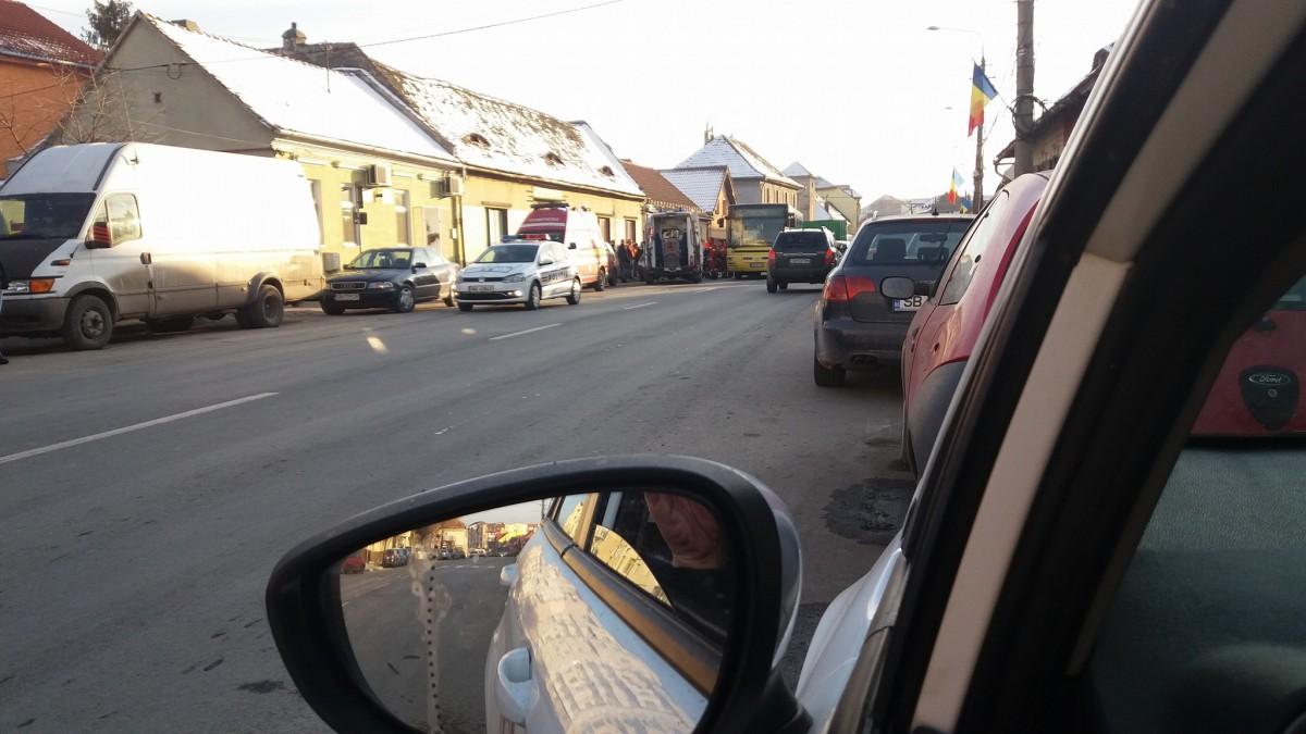 Accident cu autobuz Tursib. Doi pasageri, răniți