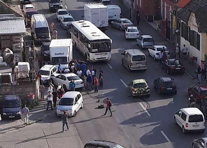 ACTUALIZARE Accident grav cu 5 mașini implicate pe strada Lungă