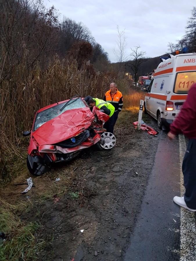 FOTO. O femeie a murit într-un accident pe DN 1, în zona Fântâniței Haiducului
