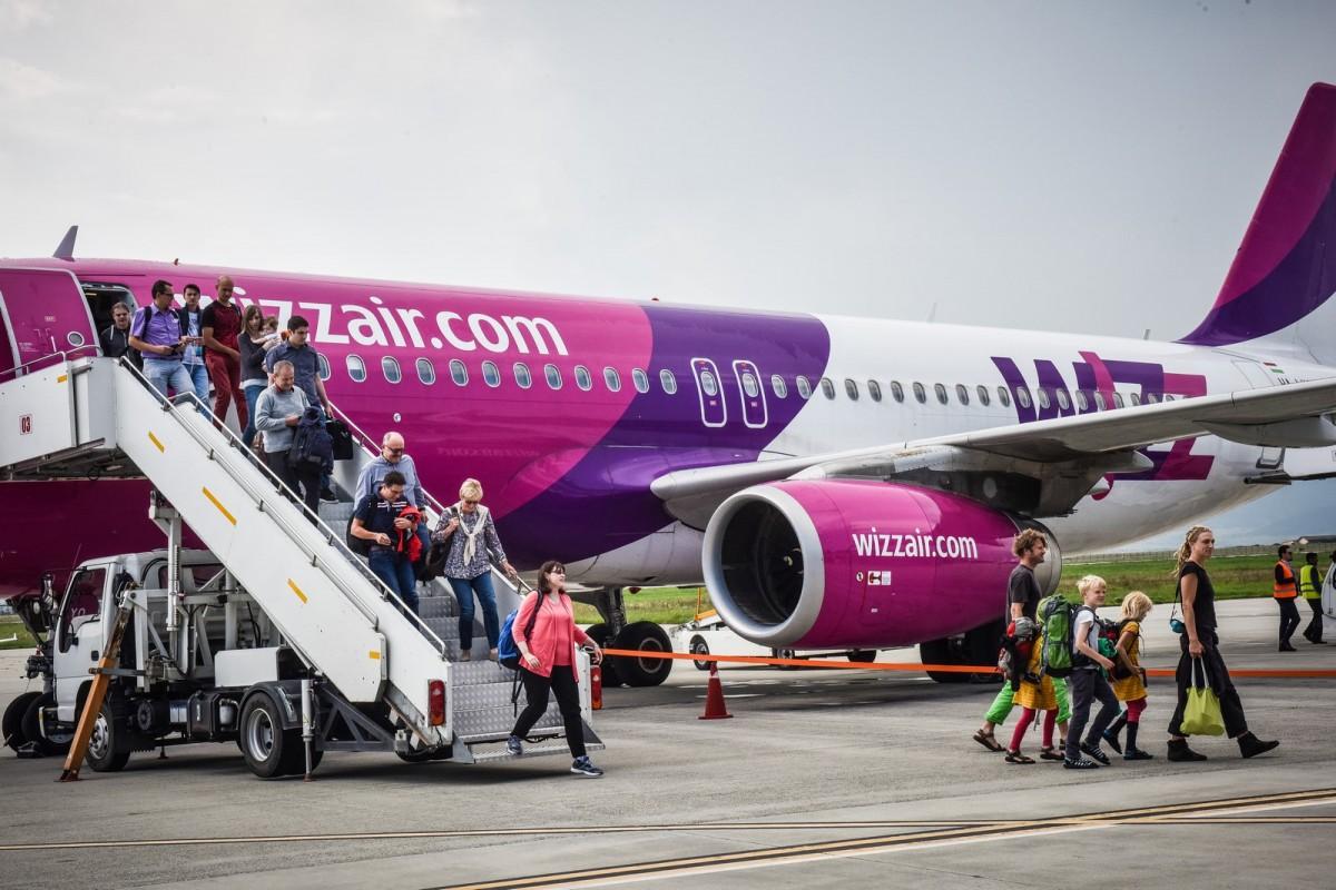 Turismul cu avionul de la și înspre Sibiu nu prea dă rezultate. Wizz Air anulează și cursa înspre Copenhaga