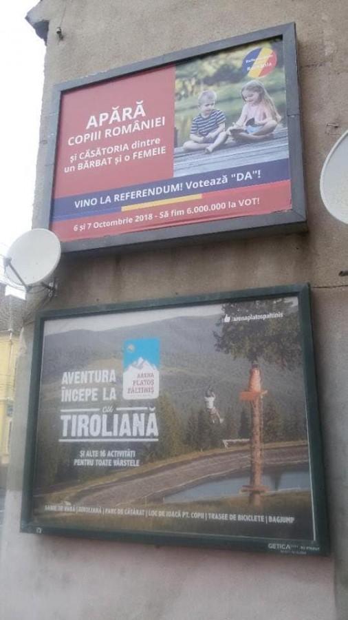 Afișe ilegale: trei sesizări respinse și două admise de BEJ Sibiu