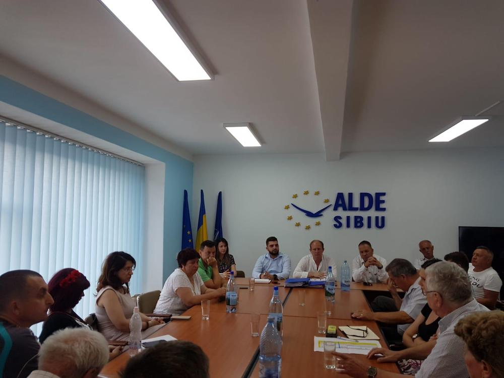 Organizația ALDE Sibiu, pedepsită de Tăriceanu. Biroul județean a fost dizolvat