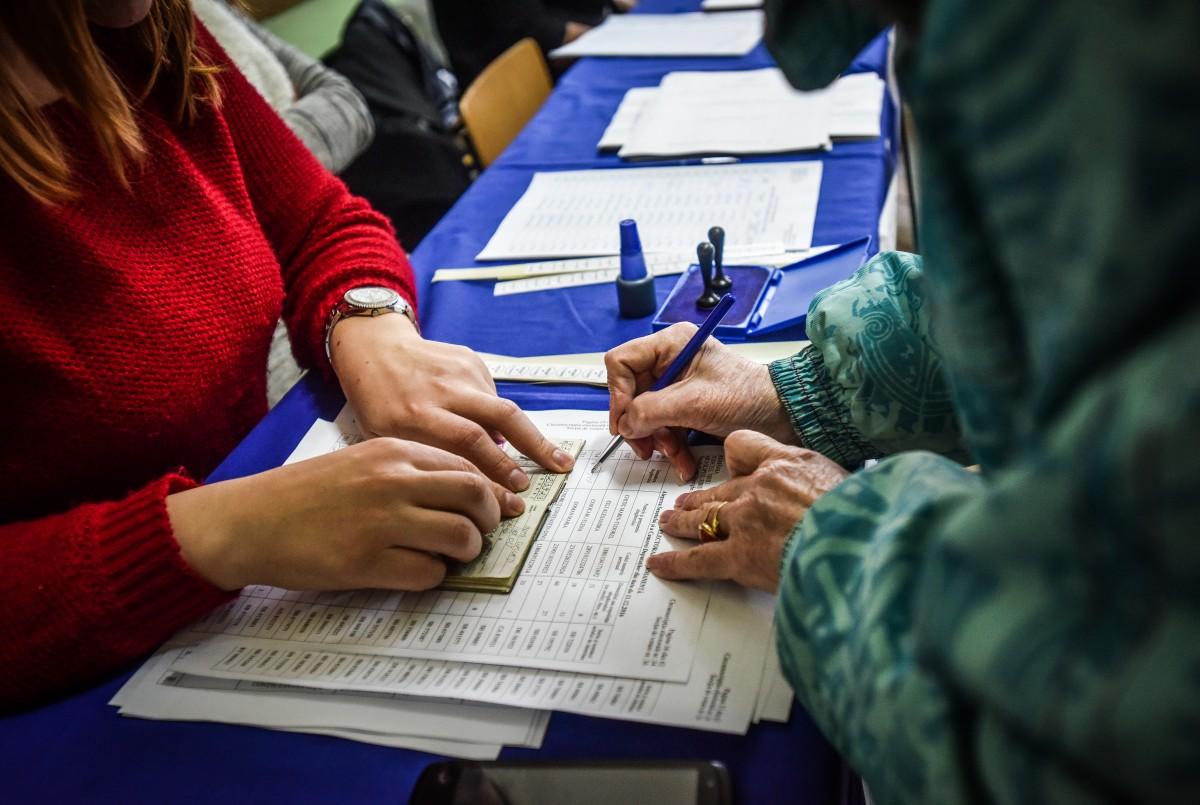 Prezența la vot, la referendum: 8,32% la nivel național. 10,34% în județul Sibiu