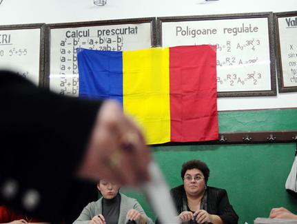 Din 15 au rămas 11. Cine sunt candidații la Primăria Sibiu
