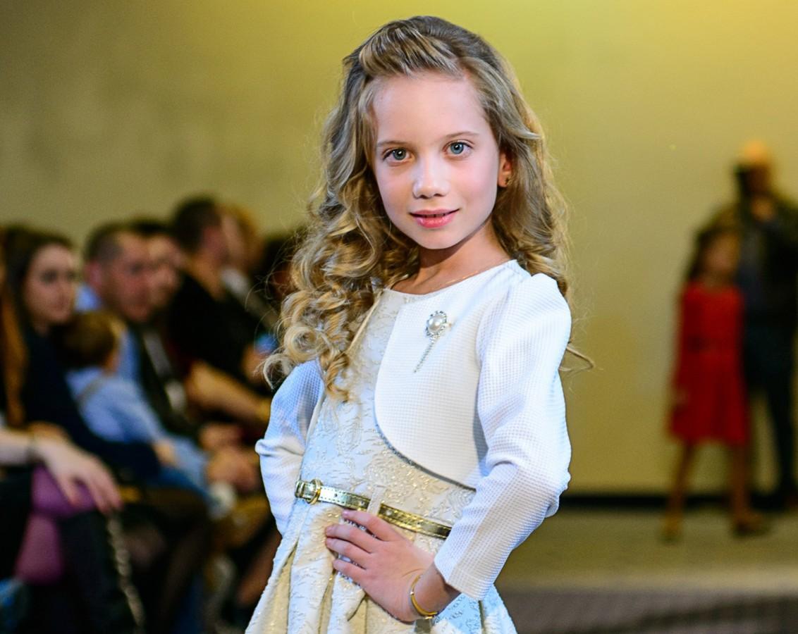 """Copiii sibienilor au obținut locuri fruntașe la concursul """"Little Miss&Mister World România"""""""