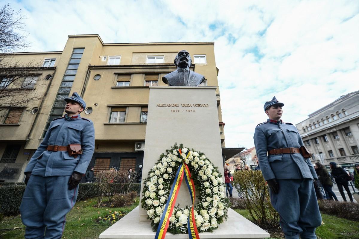 Bustul lui Alexandru Vaida Voevod, dezvelit în parcul Astra (CP)
