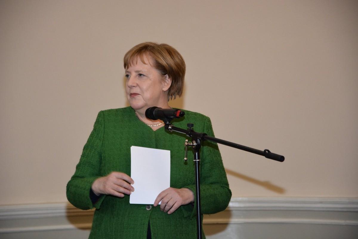 Angela Merkel a promis 2,4 milioane de eurola Sibiu. Pentru ce vor fi oferiți banii