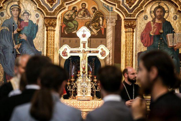 Arhiepiscopia Sibiului cautănouă preoți. Ce condiții trebuie să îndeplinească doritorii