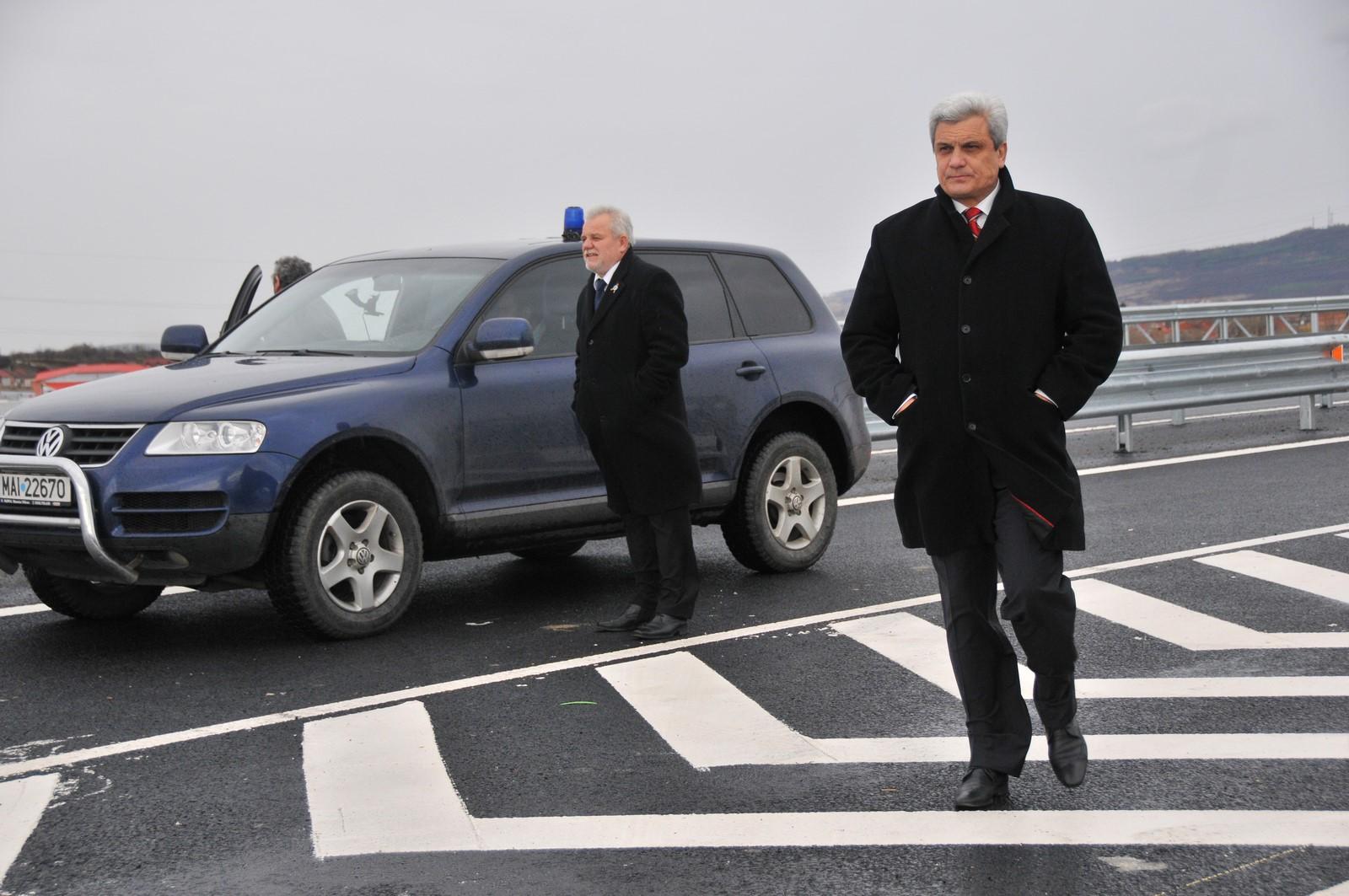 Ion Ariton, fost ministru al Economiei, audiat în dosarul finanțării PDL