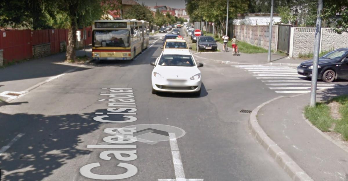"""VIDEO Nemulțumire pe Calea Cisnădiei: șoferii Tursib """"ne fac zilnic pe dreapta"""""""