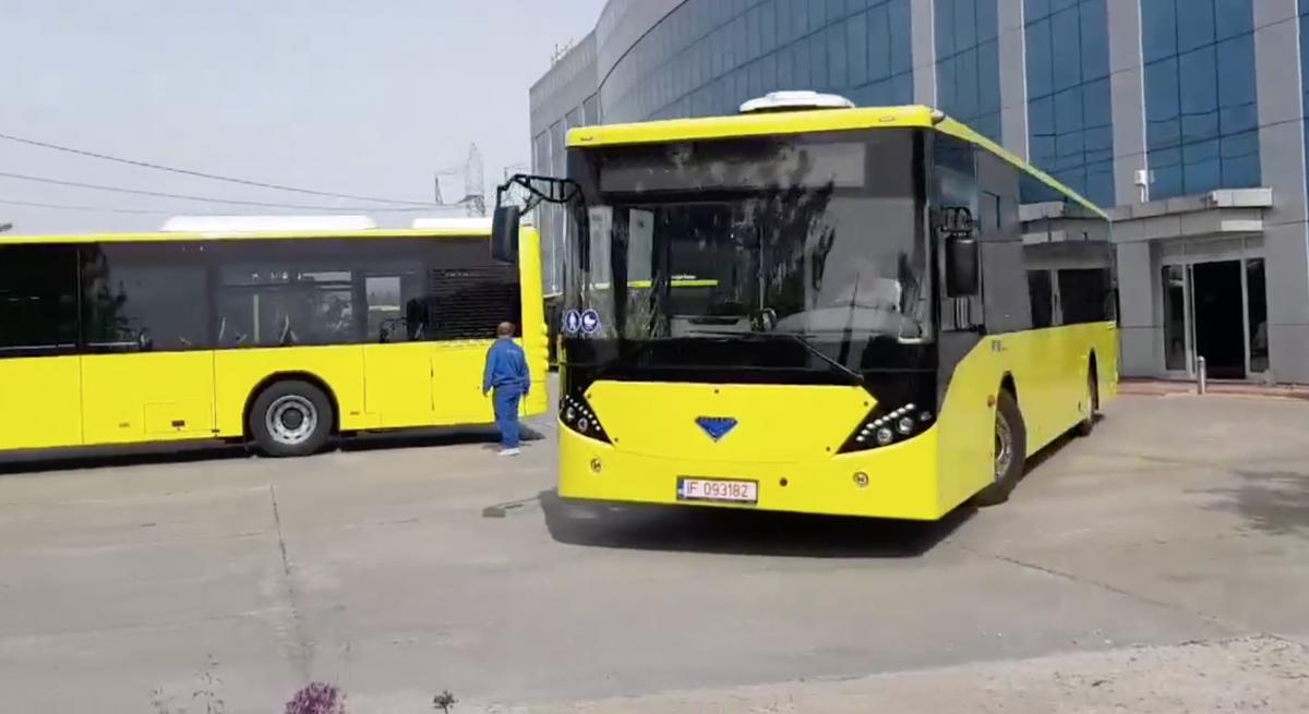 VIDEO Primele autobuze post-decembriste românești au pornit înspre Sibiu