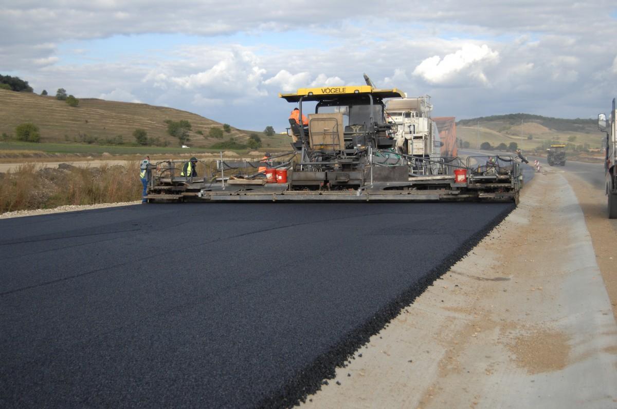 Cum a evoluat construcția de autostrăzi în ultima lună