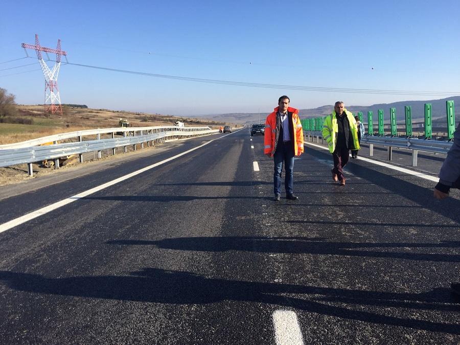 Ministrul transporturilor anunță inaugurarea a două noi tronsoane de autostradă