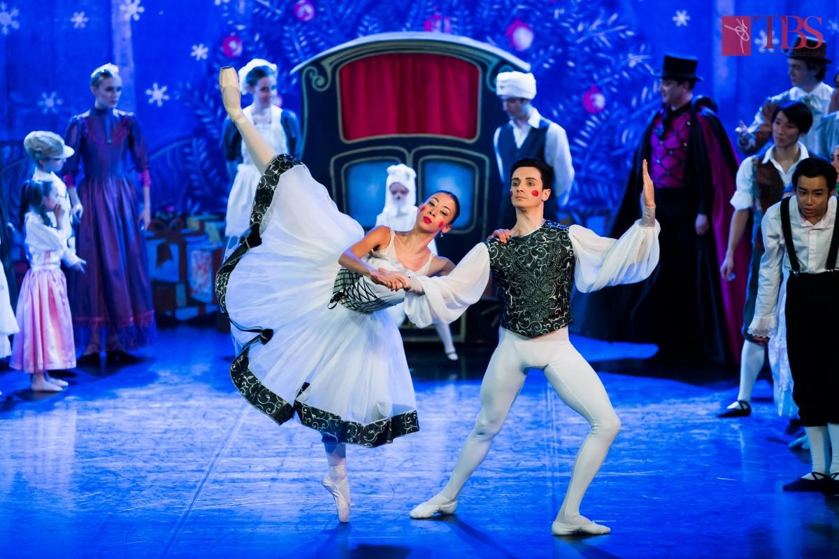 Două premiere și Spărgătorul de nuci, pe final de an, la Teatrul de Balet Sibiu