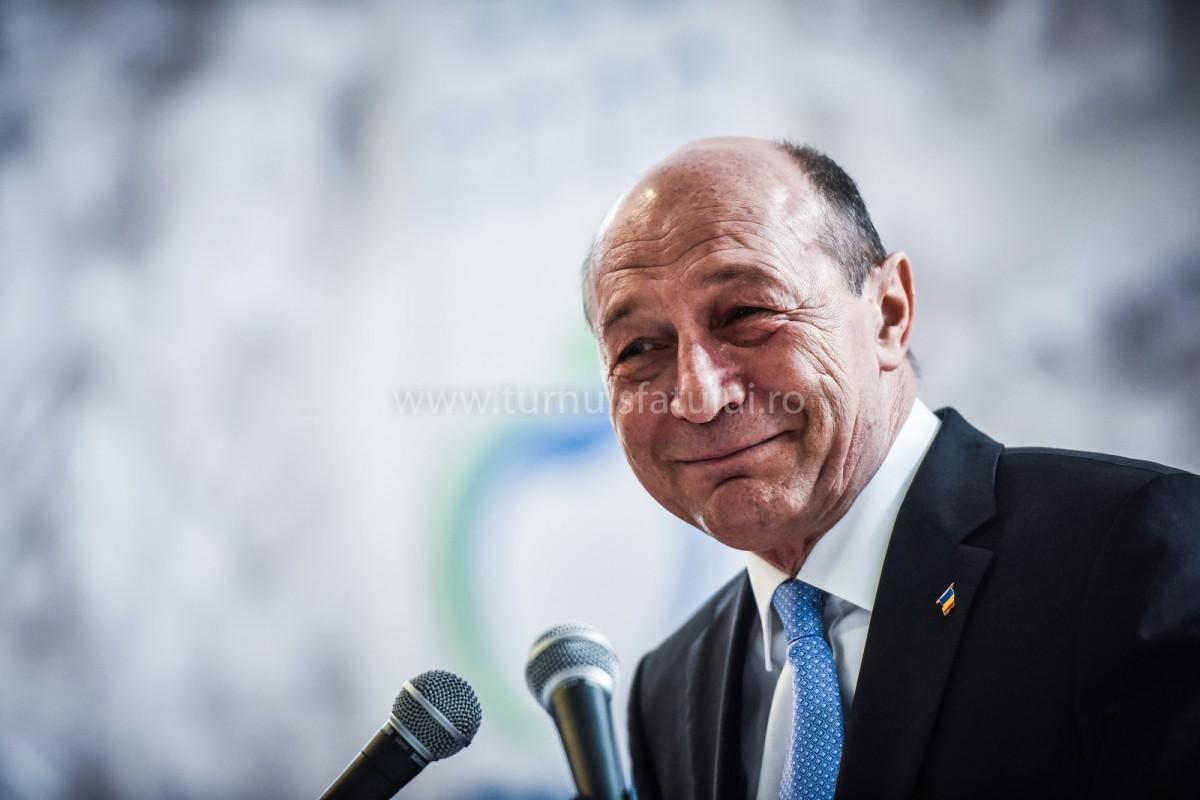 Traian Băsescu s-a prezentat la Parchetul General
