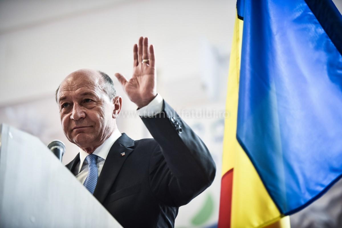 Traian Băsescu este urmărit penal în legătură cu terenul vândut lui Cășuneanu