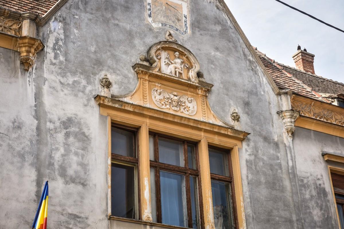 Simboluri neștiute ale Sibiului, explicate pe înțelesul tuturor