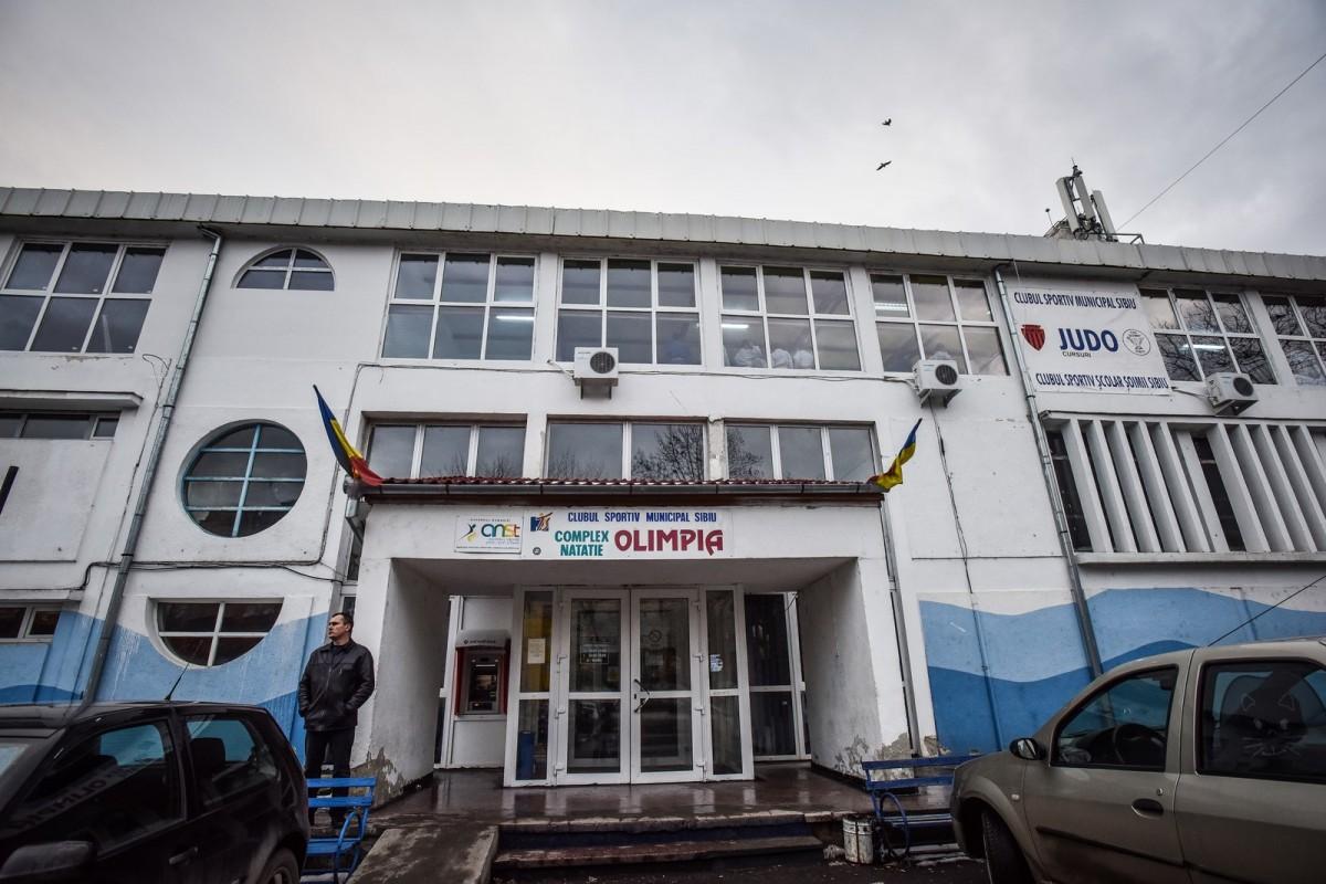 """1980. La Bazinul """"Olimpia"""" au loc două concursuri internaționale de înot"""