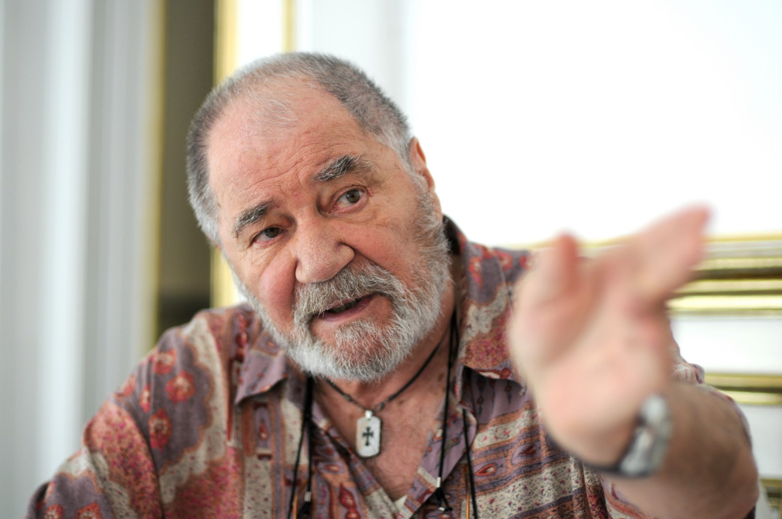 Sitterli: Am râs și am plâns cu actorul Ion Besoiu