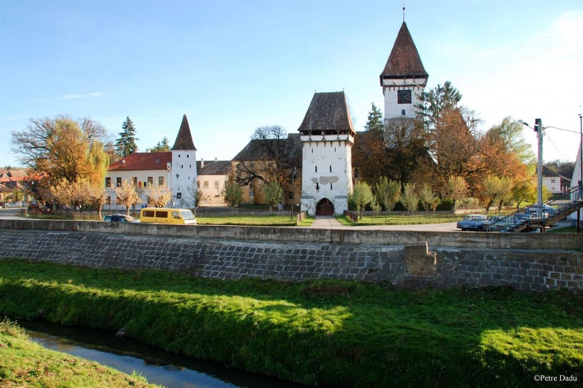 Proiect pe fonduri europene: 6,5 milioane de lei pentru reabilitarea Bisericii Fortificate dinAgnita