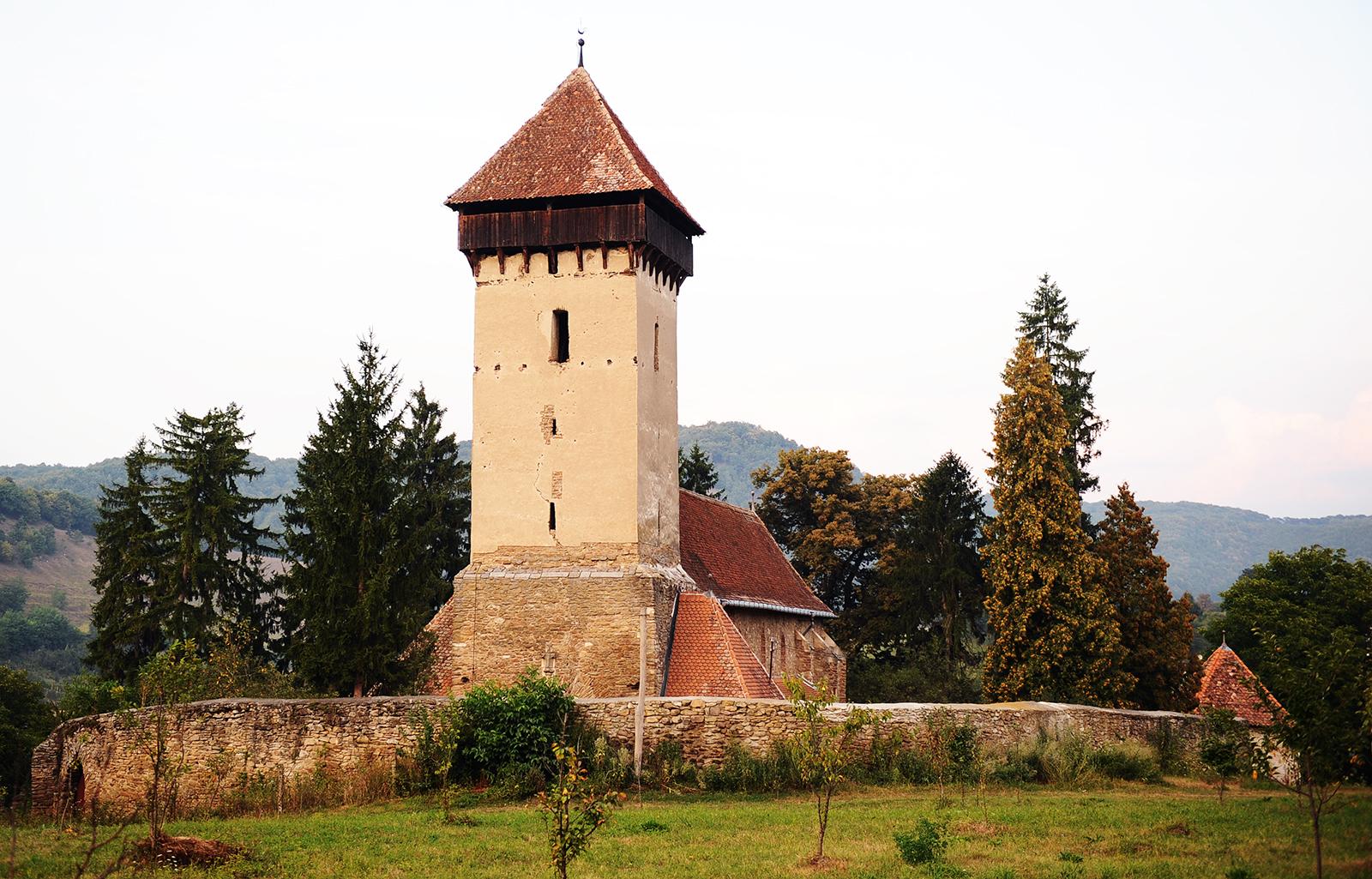Biserica Evanghelică: Bisericile fortificate nu sunt de vânzare