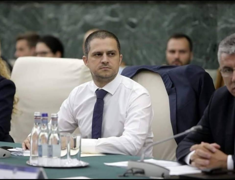"""Trif, supărat că liberalii sibieni nu au votat bugetul Turismului. """"Cum îndrăzniți să blocați banii destinați sibienilor?"""""""