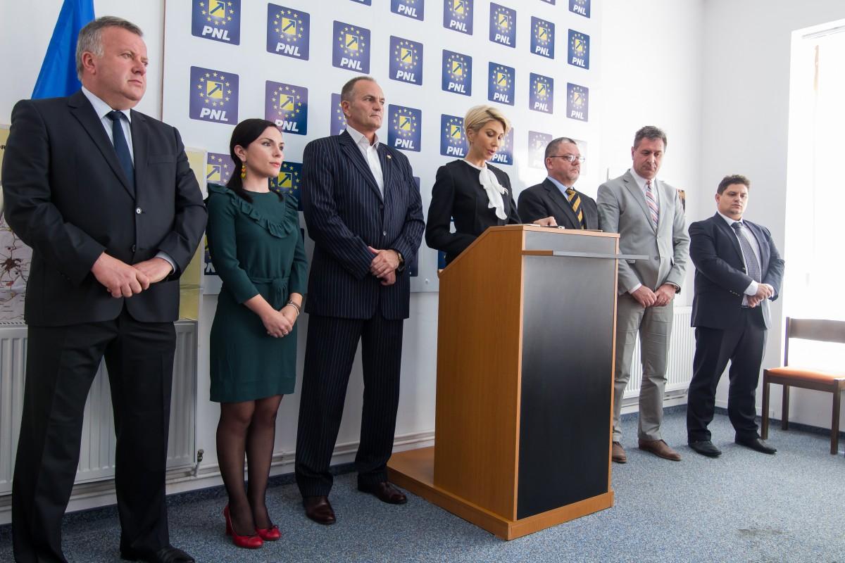 Lista PNL Sibiu pentru alegerile parlamentare: Turcan, Neagu, Cazan, Șovăială