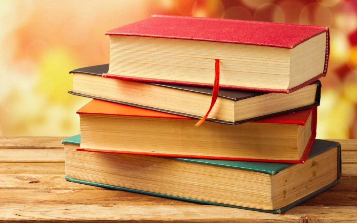 De Black Friday sibienii își pot cumpăra cărți mai ieftine doar online