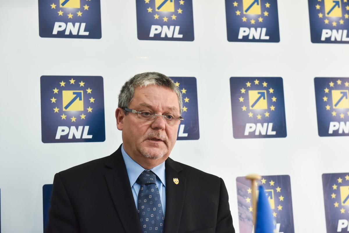 """Mircea Cazan se interesează de protocoalele instituțiilor statului cu SRI. """"Am cerut clarificarea tuturor protocoalelor"""""""