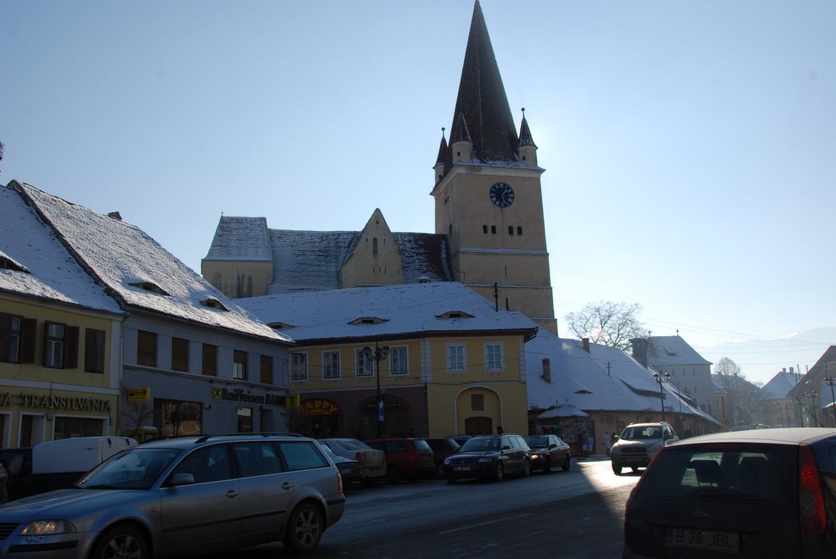 Cisnădie: de 1 decembrie se deschide patinoarul, pe 5 decembrie pornește iluminatul festiv (P)