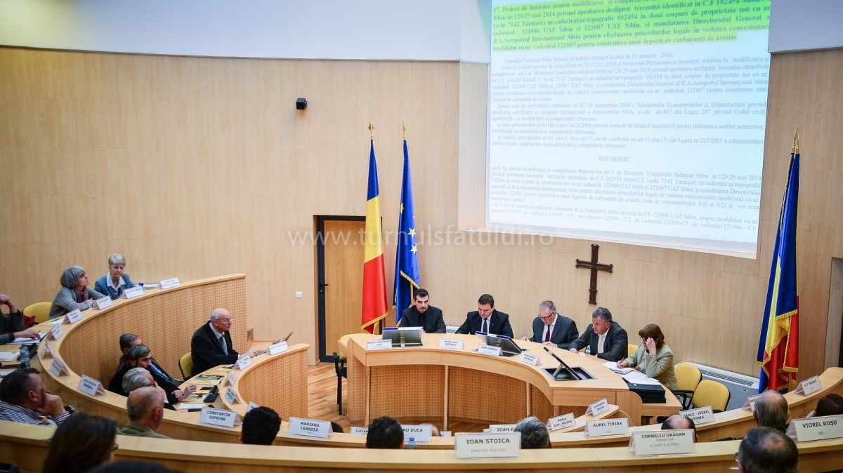 Liceenii sibieni, la șefia instituțiilor publice din Sibiu. Pentru o zi
