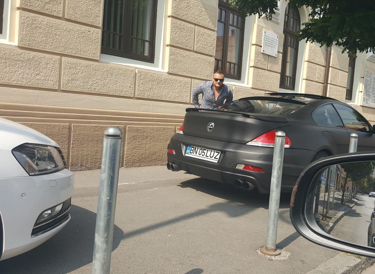 """Drifturi în cel mai aglomerat giratoriu al Sibiului, în miez de zi: """"Și ce dacă?"""""""