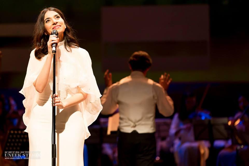 Una dintre cele mai frumoase voci ale momentului va concerta pentru prima dată la Sibiu