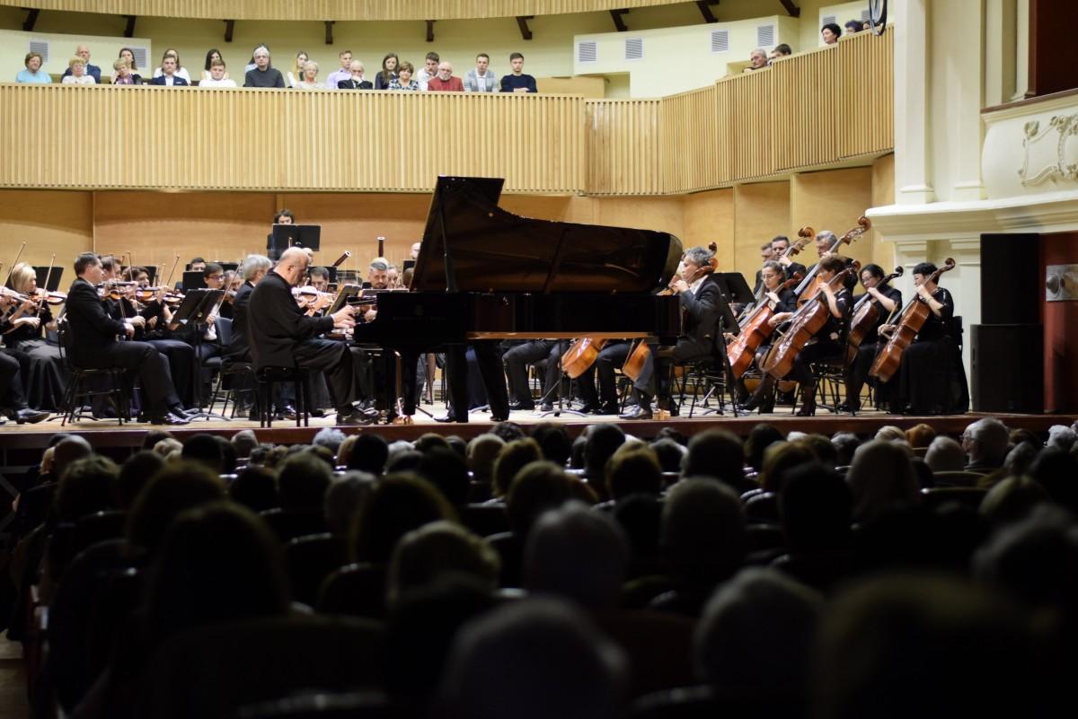 """Pianistul Dan Grigore prezent la Sibiu în cadrul Festivalului Concurs """"Carl Filtsch"""""""