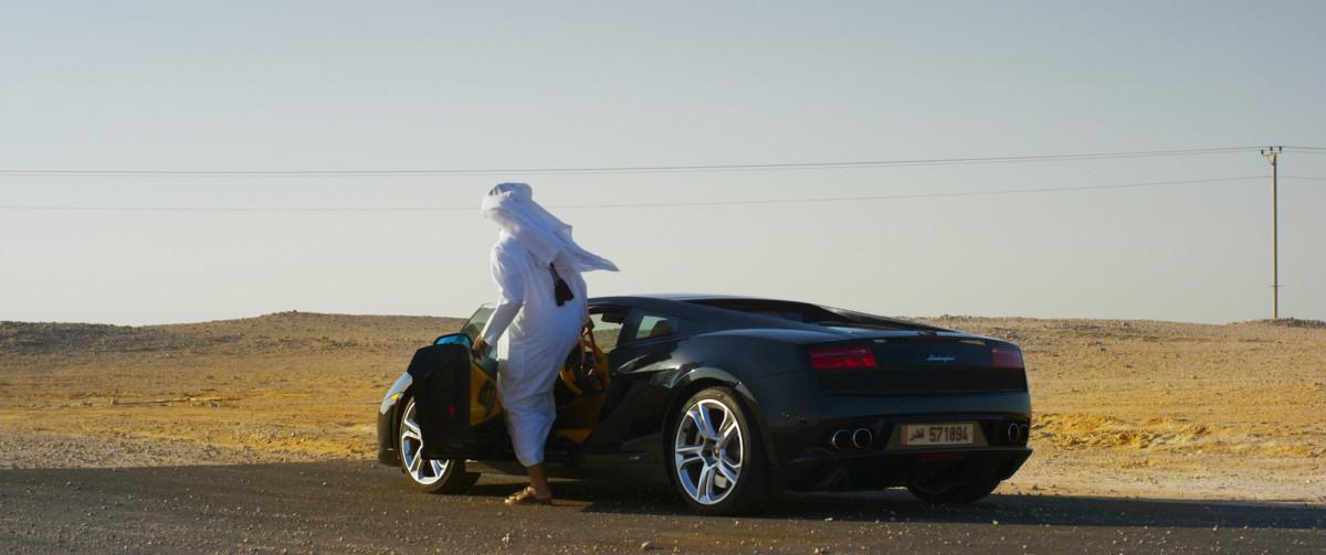 Confruntarea șeicilor din Qatar la Astra Film Cinema