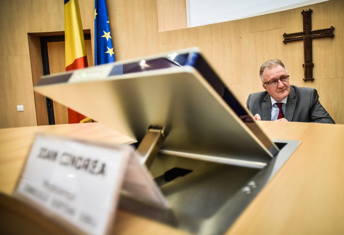 Consiliul Județean: nu se impune încetarea înainte de termen a mandatului lui Ioan Cindrea