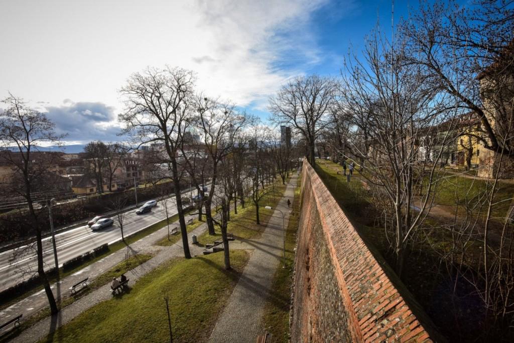 6,5 milioane de lei: zidurile cetății Sibiului și turnurile de apărare intră în lucrări de reabilitare