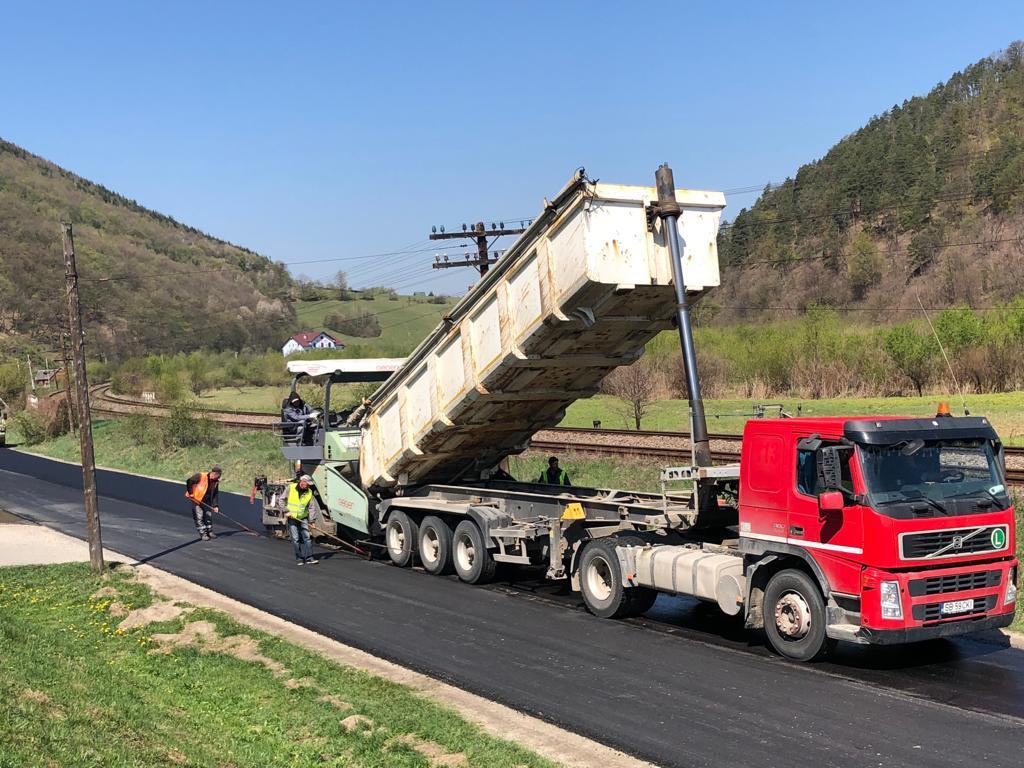 Consiliul Județean Sibiu vrea calitate la lucrările pe drumurile județene: 18 drumuri se modernizează anul acesta din bugetul propriu