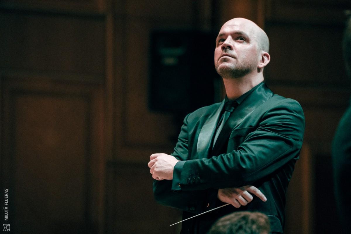 """Directorul Filarmonicii de Stat, Cristian Lupeș: """"Vrem să aducem generația tânără în filarmonică"""""""