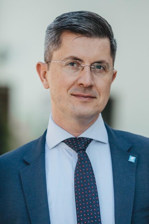 Dan Barna: Din Sibiu, la mulți ani, România!