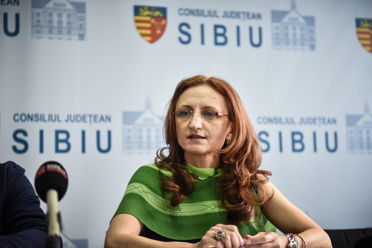 TSTV cu Daniela Cîmpean: Dacă ministerul vrea să ajute sibienii, vine în parteneriat alături de noi
