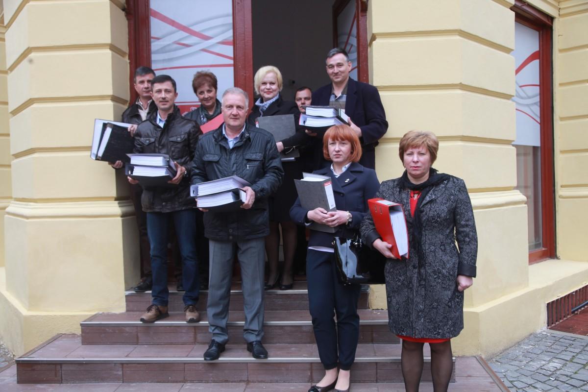 PSD a depus listele pentru alegerile locale. Lipsesc foști lideri importanți